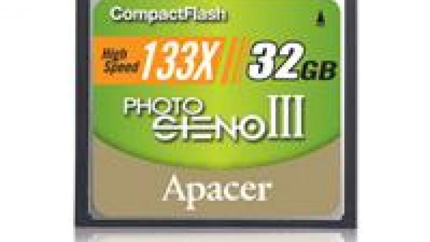 Apacer выпустила емкую и быструю карту памяти