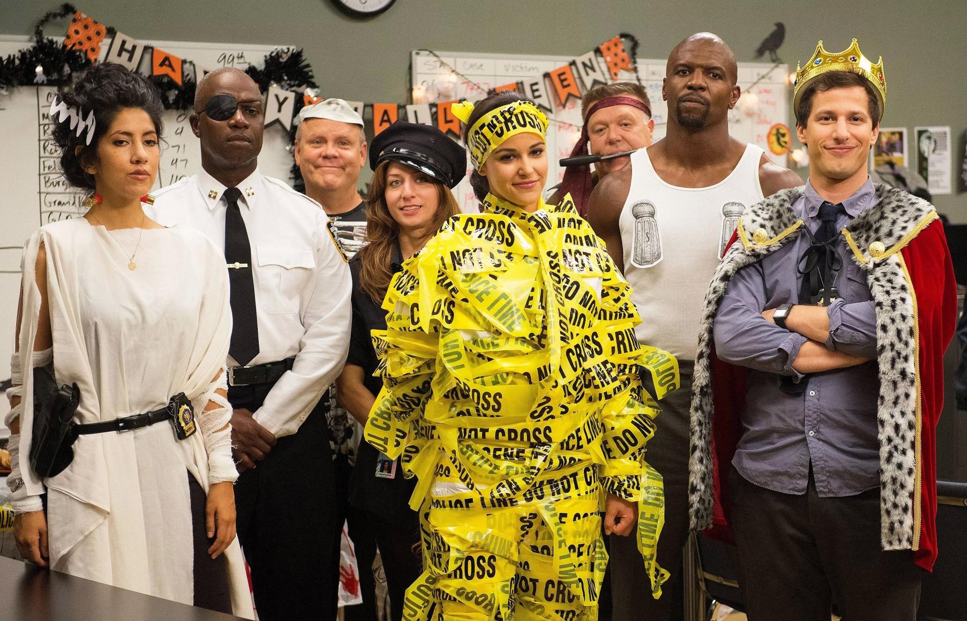 До премьеры седьмого сезона Brooklyn Nine-Nine осталось три месяца