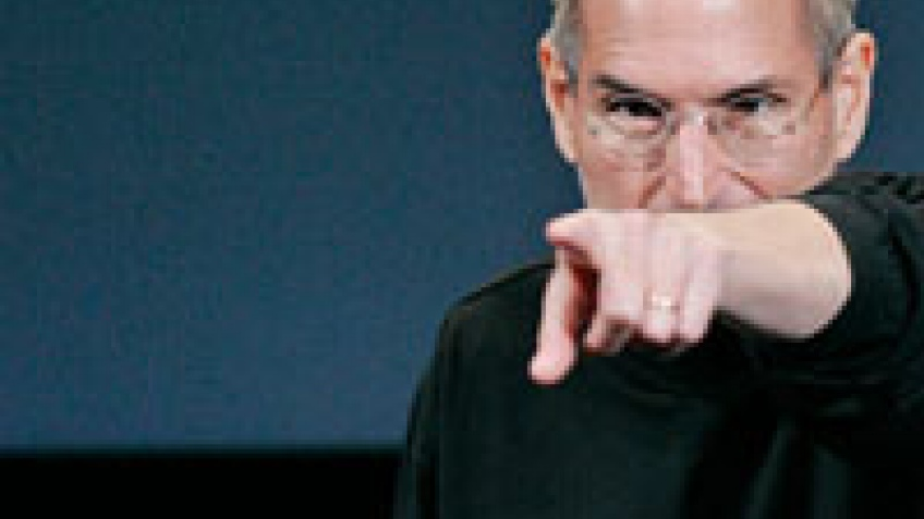 Джобс обрушился с критикой на Google и Adobe