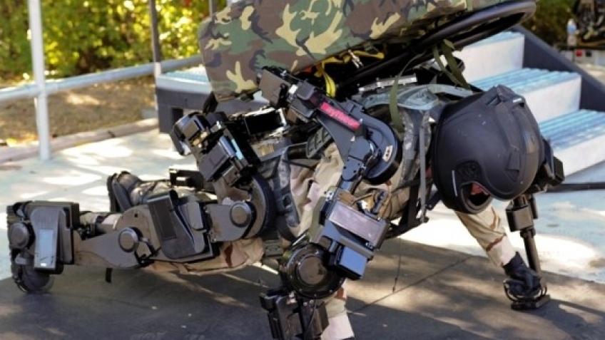Raytheon представила новую версию экзоскелета для военных