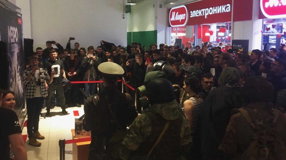 За Metro: Exodus в Москве выстроилась огромная очередь