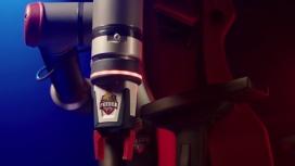 Вся информация о странном кресле Pringles с робо-рукой