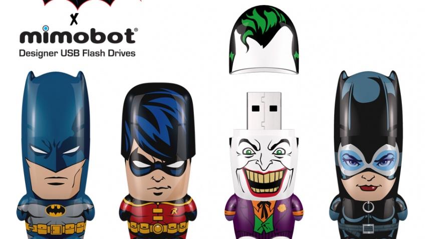 Серия флэшек в виде персонажей из вселенной DC Comics