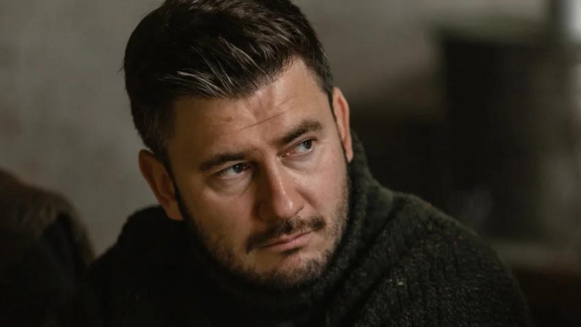 Дмитрию Глуховскому начали поступать угрозы из-за персонажа сериала «Топи»