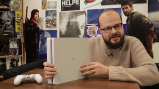 PS4 - Glacier White PS4 Unboxing
